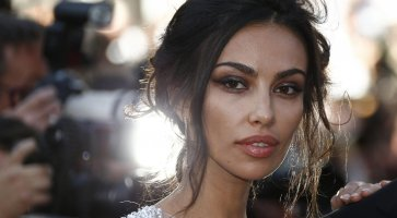"Heart in Tuscany. The actress Madalina Ghenea: ""I love Arezzo and Florence is in my heart"""