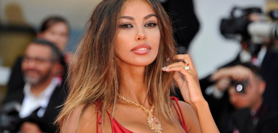 "Mădălina Ghenea ""seduced Venice"" with a new charming appearance at PHOTO festival"