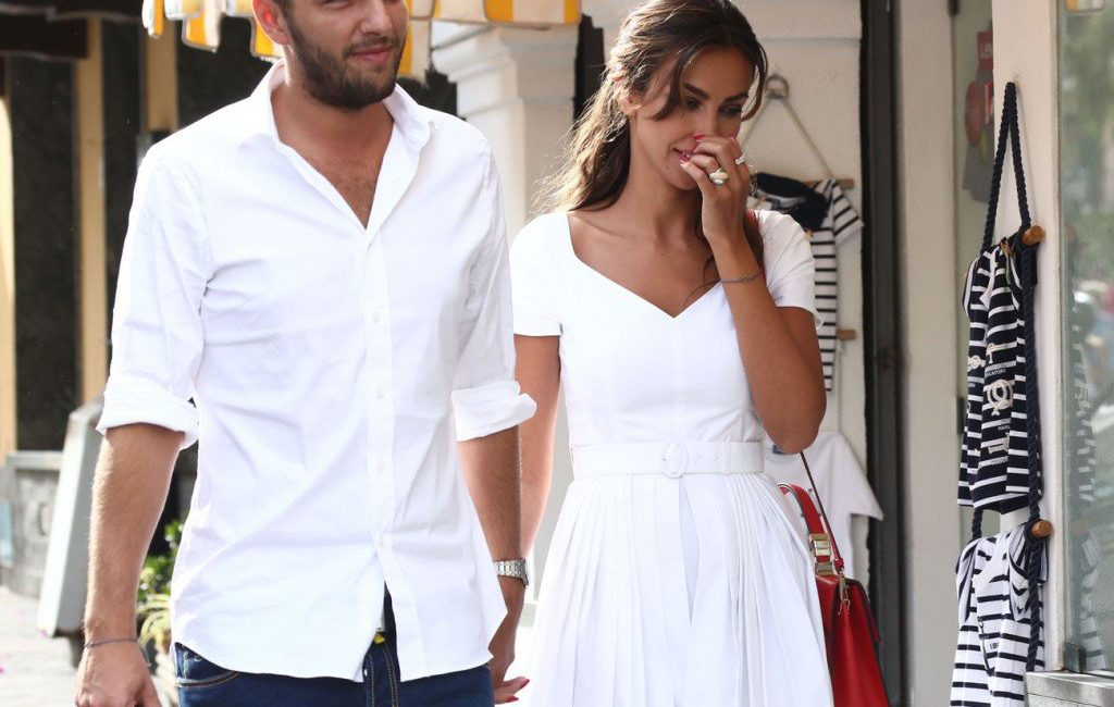 Mădălina Ghenea was pregnant during the first month of her relationship