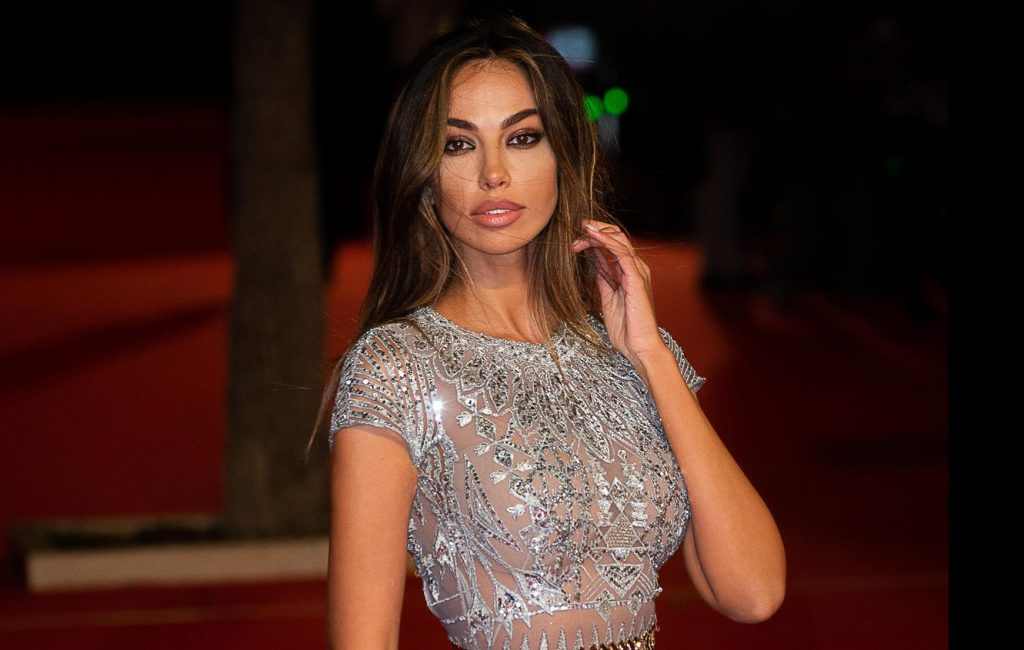Madalina Ghenea and her beauty enchant Rome – Sky Tg24