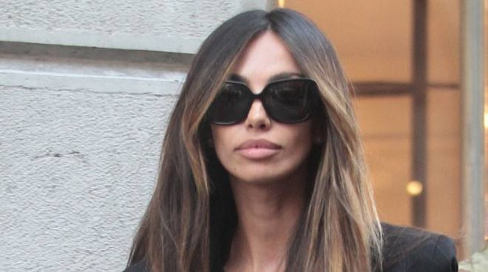 "Madalina Ghenea, shopping ""mysterious"" in total black – Cronaca"