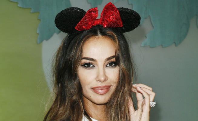 Madalina Ghenea, the most beautiful Minnie for Mickey's 90 years – Photos