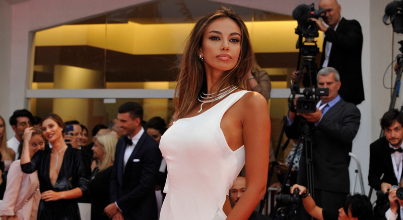 Mădălina Ghenea, super sexy on the red carpet at the Venice Festival