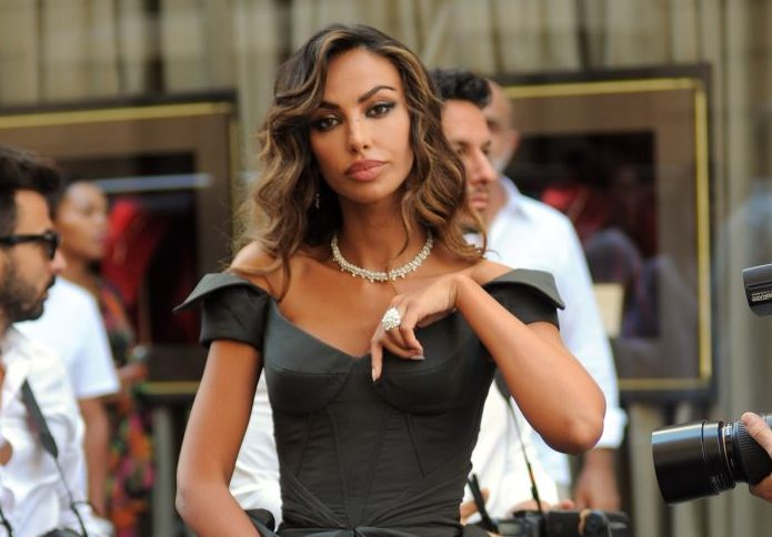 Mădălina Ghenea left Romania and moved to Milan! He broke any connection with his native country and has a new life there