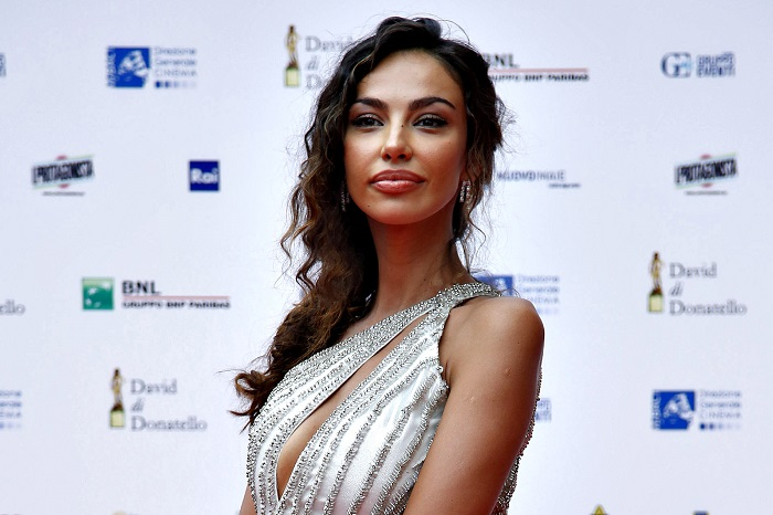 Madalina Ghenea and the diamond on her finger …