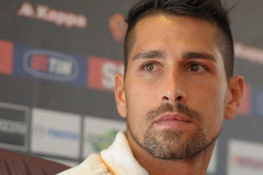 Marco Borriello pinched with the beautiful of Men and Women: that's who he is
