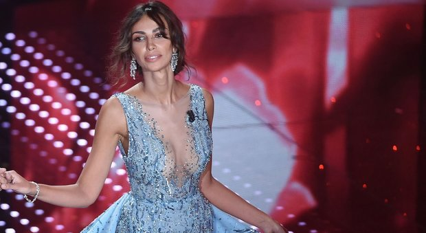 New love for Madalina Ghenea, the actress along with designer Philipp Plein