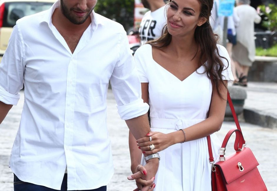 Mădălina Ghenea, More in love than ever. The Message For Matei Stratan, After The Engagement Announcement | Entertainment, Monden | Freedom