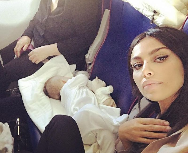 Madalina Ghenea dropped her baby at the airport!