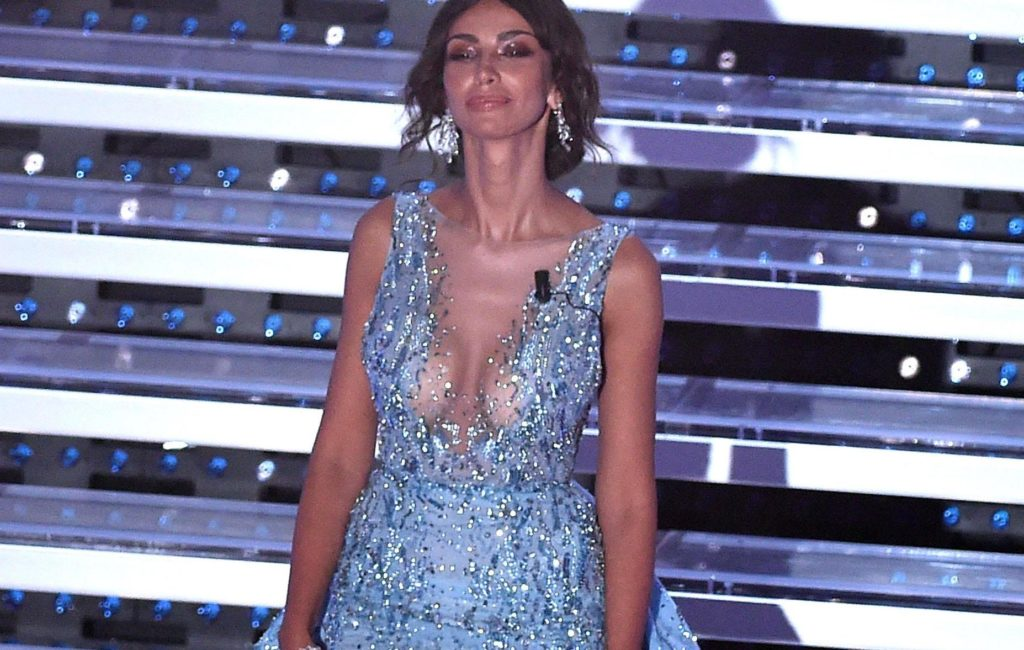 PHOTO Madalina Ghenea Sanremo: amazing transparencies