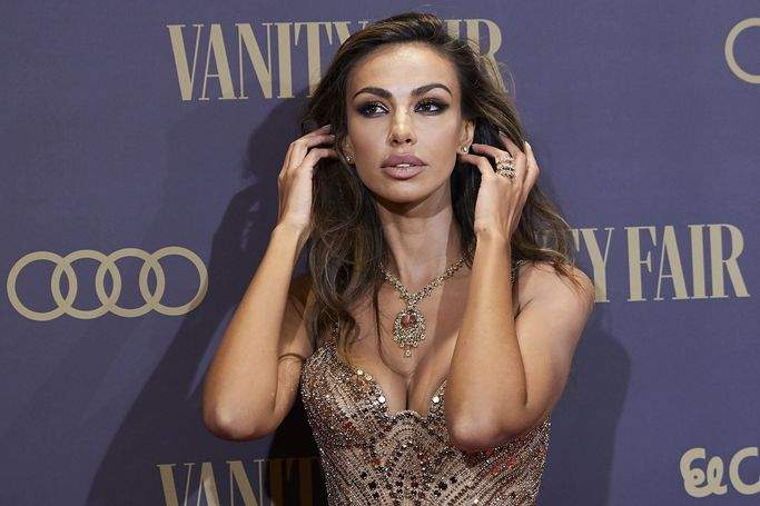Forbidden to the heart! Mădălina Ghenea captivated all the men with her appearance at the Vanity Fair Gala