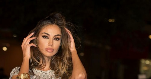 Madalina Ghenea was photographed at the beach. How beautiful is the Romanian. PHOTO