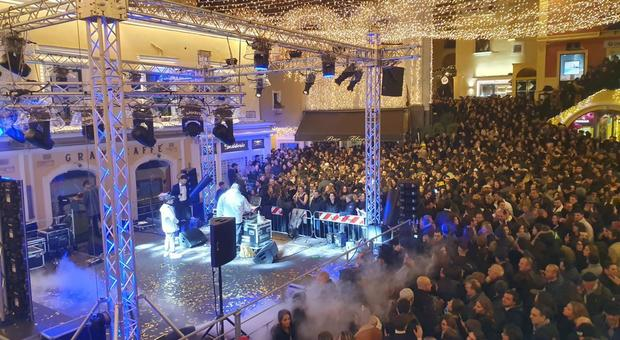 New Year 2020 in Capri, party night in the Piazzetta with tourists and VIPs