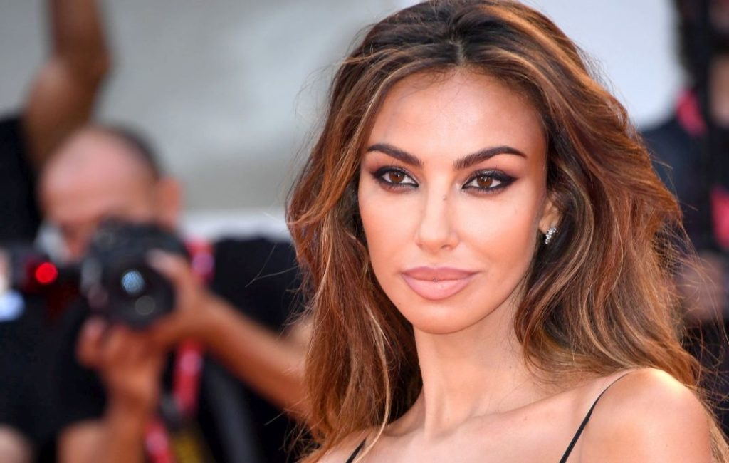 Mădălina Ghenea, stunning appearance on the red carpet PHOTO | Romanian, Celebrities