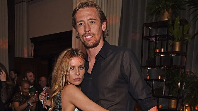 """Long"" Peter Crouch intoxicated his model wife in quarantine. ""A little alcohol, I feel 10 years older!"""