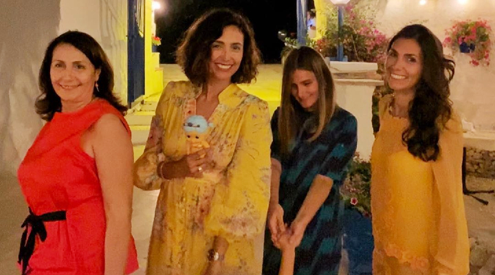 Caterina Balivo embraces her sisters after 6 months